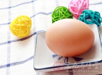 很多人都认为鸡蛋可以放很久