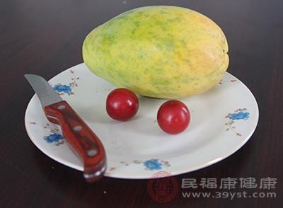 吃木瓜的好处 想不到这个食物能杀虫