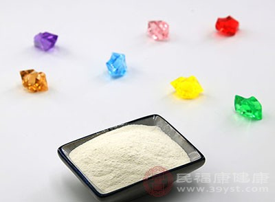 冲奶粉不能用自来水 只能用矿泉水、 纯净水