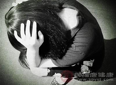 嚴重的抑郁癥患者是有自殺的傾向的