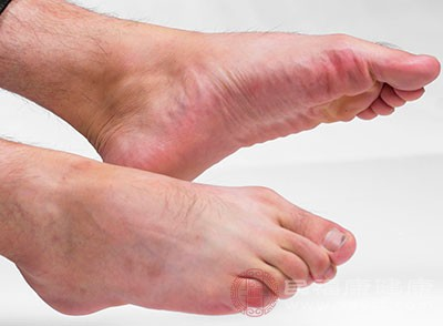 手脚怕冷也是阳虚的症状之一