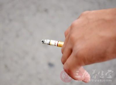 需要注意的是,在发现气血不足、气血亏损的时候,好不要再抽烟了