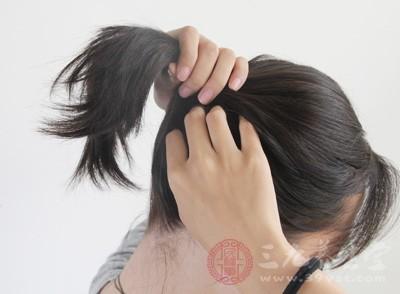 头发越来越少竟因什么事情作怪呢