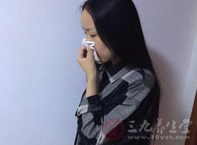 病毒性感冒症状有哪些 如何治疗病毒性感冒