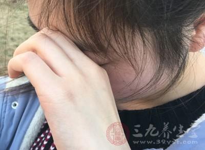 眼皮跳怎么办 8招解决眼皮跳症状