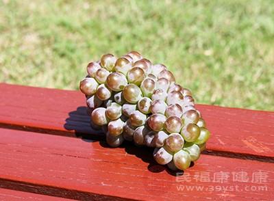 吃葡萄有什么好处 经常吃可以带来这作用