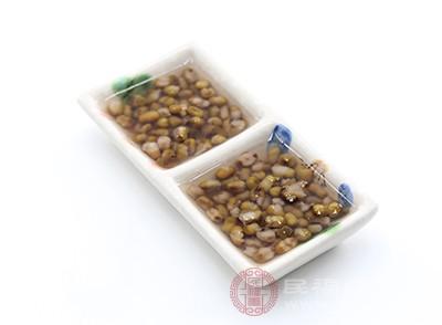 綠豆中含有豐富的蛋白質