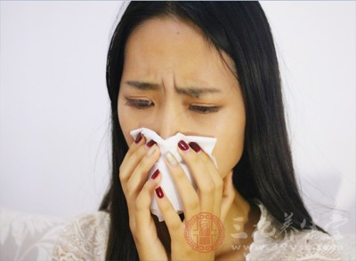 用纸巾可以避免鼻子感染