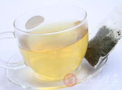 """由广西贸吉公司出产的品名为""""银杏养生茶""""礼盒装二盒"""
