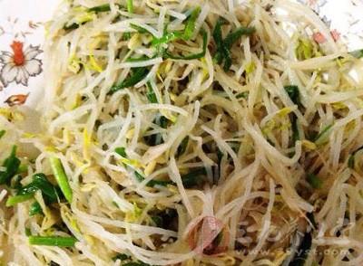 原料:黄豆芽500~1000克,陈皮1个