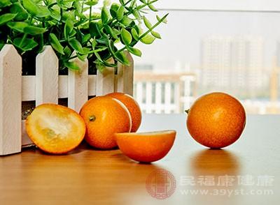 金桔最常见也是最佳的吃法就是洗干净以后直接食用