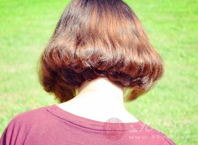 贫血的时候,也是会导致脱发的
