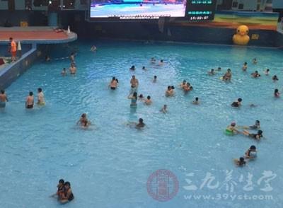 那么夏天又如何才能安全的游泳呢