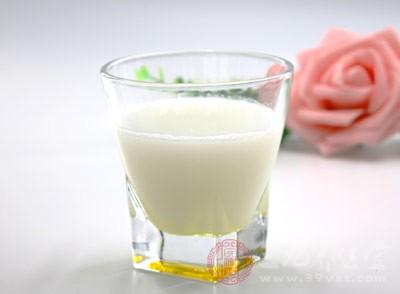 停止发放该牛奶