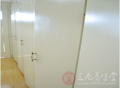 到底用不用开放式衣柜 你真的想好了吗