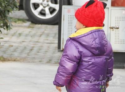 兒童自閉癥形成的原因是什么 如何治自閉癥