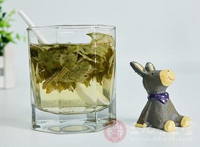 荷叶茶是什么 荷叶茶有哪些功效