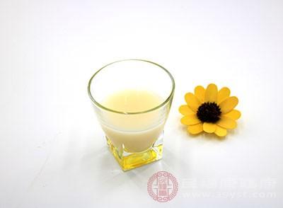 豆浆的功效 多喝这种饮品助你润肤养颜
