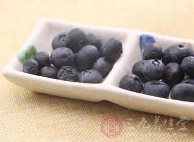 蓝莓还可以延缓脑神经衰老、提高记忆力的功效