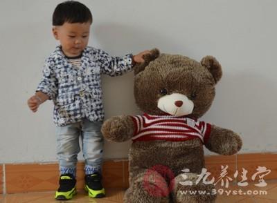 五岁男孩身高体重标准 了解孩子的增长规律