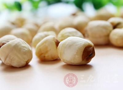 滋补方法:健脾益气。可食用茯苓、白术、山药、薏米仁、莲子、扁豆等食物