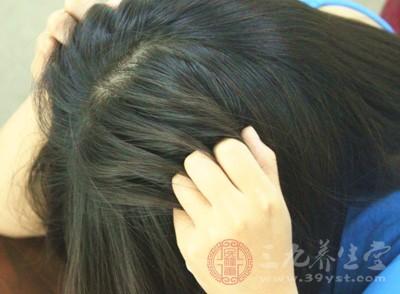神经性皮炎是以阵发性皮肤瘙痒和苔藓化为主要临床特征的慢性皮肤病变