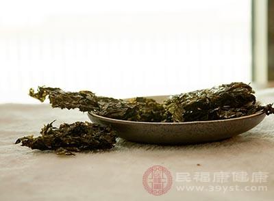 紫菜中富含钾,钾能促进钠的排泄