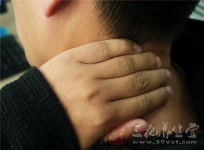 颈椎增生挤压颈部椎动脉,造成脑供血不足,是该病引起头晕的主要原因