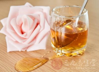 哺乳期可以喝蜂蜜吗 蜂蜜有什么作用