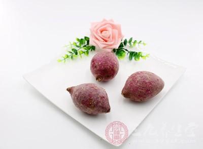 在20种对肿瘤细胞有明显抑制效应的蔬菜中,红薯排在第一位