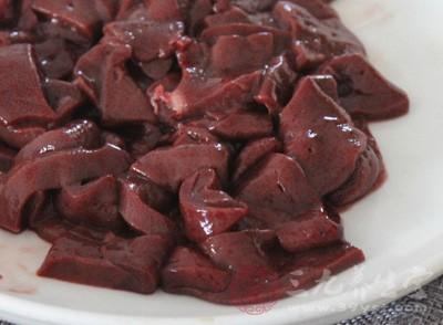 黄瓜炒猪肝怎么做 常吃这个对身体好