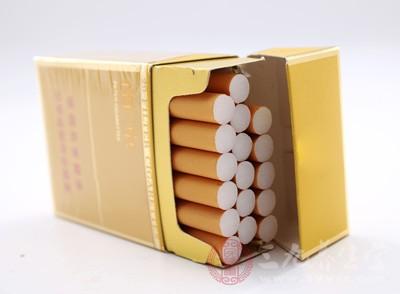 吸烟的危害有哪些 哪些食物可以帮助戒烟