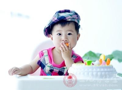 哺乳期能吃柿子吗 柿子有哪些功效