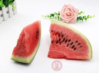 西瓜的禁忌 吃这种水果一定要适量