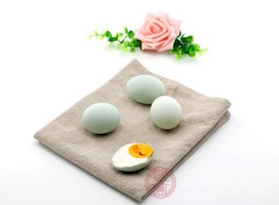 孕妇可以吃咸鸭蛋吗