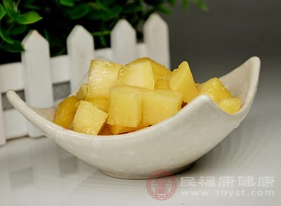 芒果中丰富的纤维素,能增进肠胃蠕动