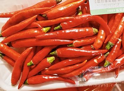 辣椒和芥末都是属于辛辣的食物