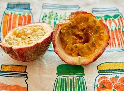 食用百香果能够起到止咳化痰