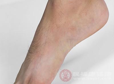 我们应该知道人体的脚部有很多的穴位