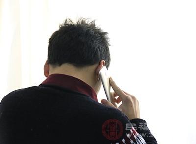 男性脱发怎么办 保持好心态减少这个问题