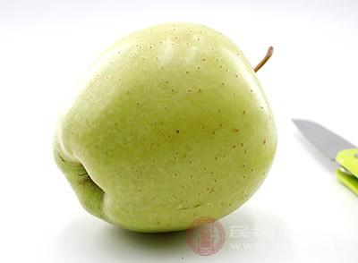 苹果中含有丰富的维生素以及苹果酸