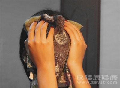 洗脸排毒法