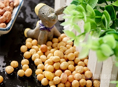 """黃豆的營養價值很高,又被稱為""""豆中之王""""、""""田中之肉"""""""