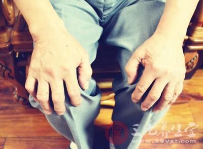 关节处的疼痛是类风湿明显的表现之一