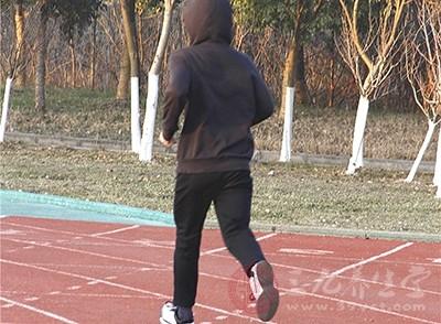 每天扭一扭、动一动,养成流汗运动的习惯是必须的唷