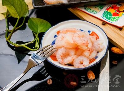 韭菜炒虾仁就是既美味又能起到祛湿效果的菜肴