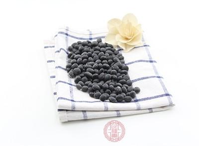 黑豆富含B族维生素及维生素E