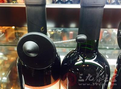 进口葡萄酒乱象 千元葡萄酒实为11.5元