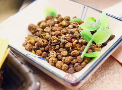花椒泡水喝的功效 花椒这样用竟比药还管用