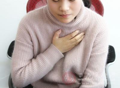 颈椎病怎么治 这五种因素竟是元凶(2)